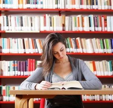 réviser dans une bibliothèque